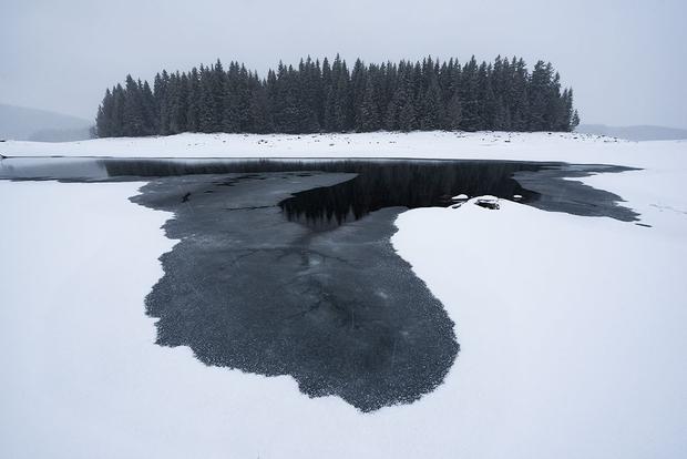 Winter Rhodopean lakes 01