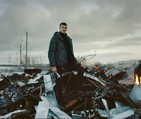 Portrait at scrap-metal dump (Russia, Tolyatty, 2015)