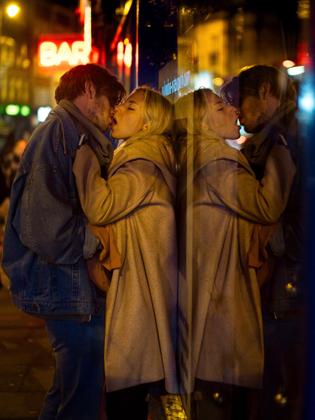 Shoreditch kiss