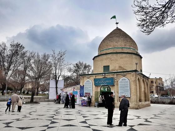 Hadi Ibn Ali shrine