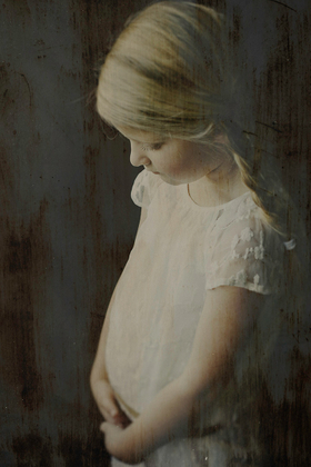 Fine Art Child Photography Wendelina Photography 2017   The Netherlands
