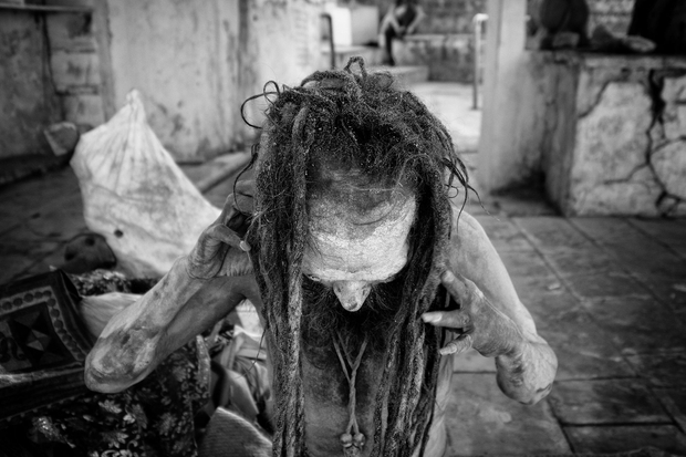 Dreadlock styling