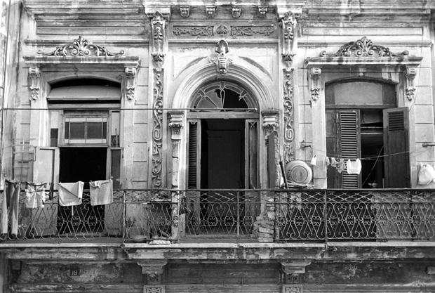 Havana, Cuba, 2000 © Peter Kayafas