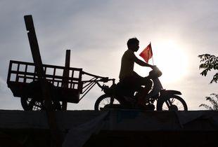 Sunrise, fishermen's village (Hoi An, Vietnam)