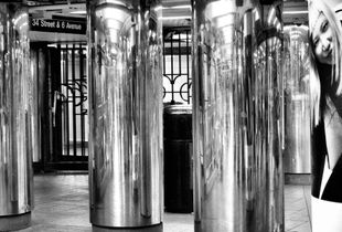 Face, Forms, Reflections - A New York Subway Impression