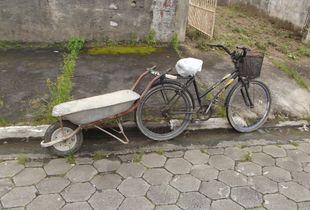 Creative Brazilian builder's utility transport