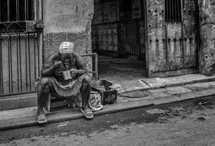 Le petit déjeuner sur le trottoir