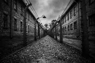 Auschwitz I - Auschwitz II