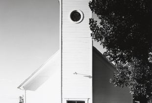 Methodist church, Bowen, Colorado © Robert Adams, Jeu de Paume