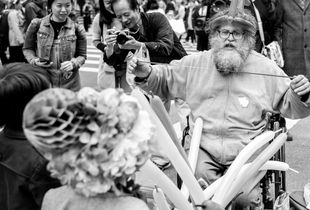 The Balloon Man at Last Year's Easter Parade