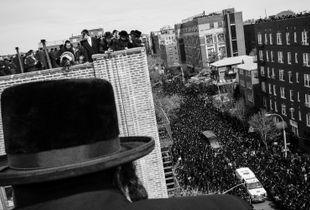 Funeral of the Skulener Rebbe