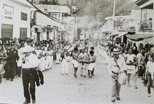 Re-enactment procession