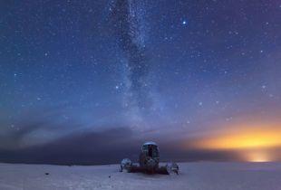 Dc-3 under the Milky Way