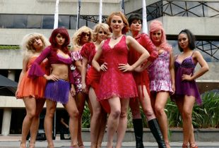 """Performers in the musical """"Sweet Charity"""" pose for me outside the Arts Centre, Melbourne."""