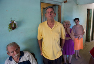 One Cuban family at home, in Santa Lucia
