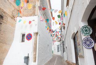 Calle pueblo andaluz