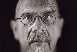 """Chuck Close by Chuck Close. From """"A Couple of Ways of Doing Something"""" (Aperture, 2006)"""