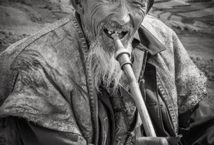 The laughing fluttist