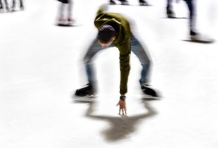 Poses of Skaters  I