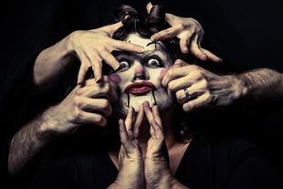 be a clown - Silvia