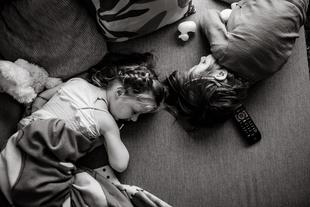 Simultaneous Sleep