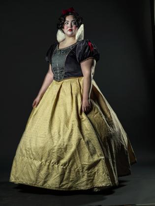 Unusual Snow White