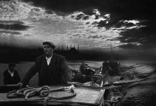 Kumkapi, 1950. © Ara Güler / Magnum Photos.