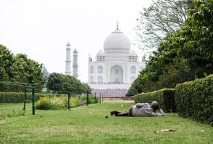 Break time at the Taj