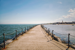 Where I End and You Begin (Herne Bay, UK, August 2020)