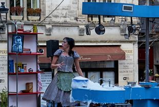 La cuisinière Art de rue. Arles 1