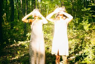 Elena e Alicya , due realtà in simbiosi