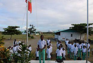 Trou-du-Nord, Haiti, février 2018, Montée de drapeau
