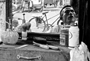 Street Barber Saigon