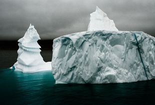 Grand Pinnacle Iceberg III © Camille Seaman