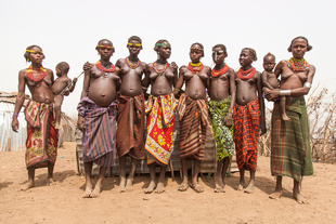 Darsenech women