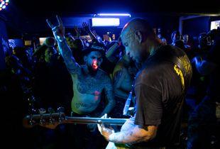 Punks never dies