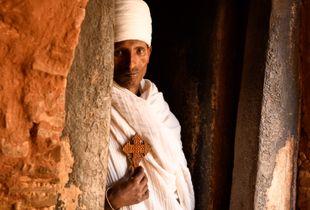 Abuna Yemata Guh Priest