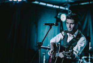 Crooner Jarrod