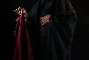 01. Tenebrarum adventus · The advent of darkness · El advenimiento de las tinieblas