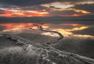Sunrise in dead sea