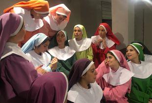 Color  nuns