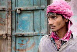 Agra workman