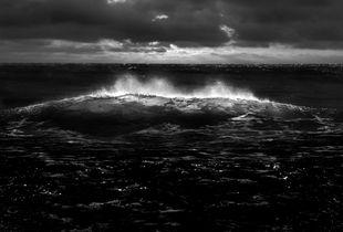 Breaking wave 04