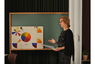 FIG. 16799KEL (TM)Adult Education Centre's painting and drawing class. Teacher Riitta Ranta.                         Year: 1986 reimagined as 1956 (2015).    Location: Mänttä
