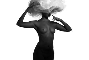 Black model and big white hat 1.