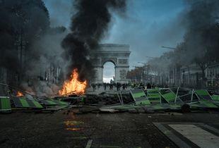 Yellow Vest riots in Paris. Champs-Élysées, 2018.