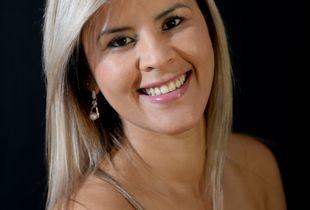 Brasileira Erica 1