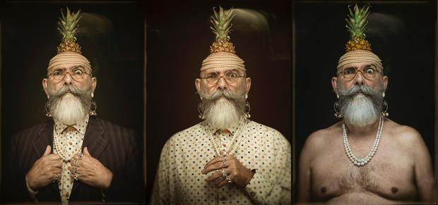 Autoportraits aux perles