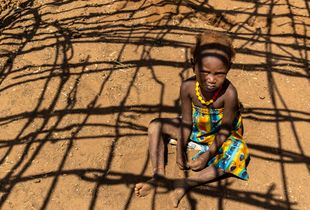 little ethiopian girl and the shadows