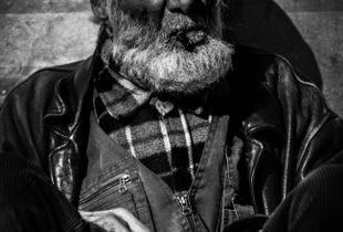 Franck, Homeless.